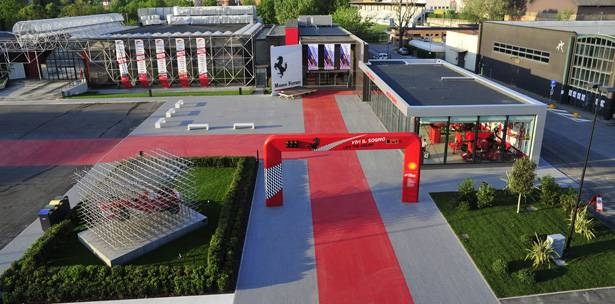ANTIPOLLUTION TILES USED IN NEW MARANELLO TOWN SQUARE