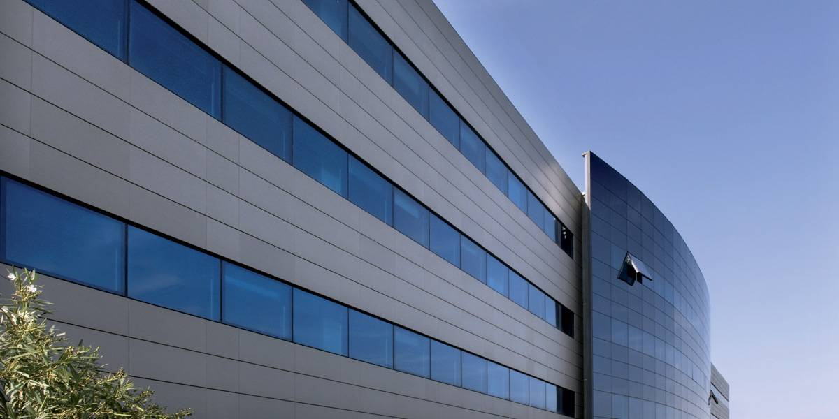 Curtain wall facade system - Functional Layers Of Ventilated Facades Multi Layer And