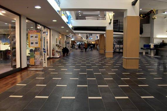 Leclerc shopping center france fiandre for Carrelage 60x30