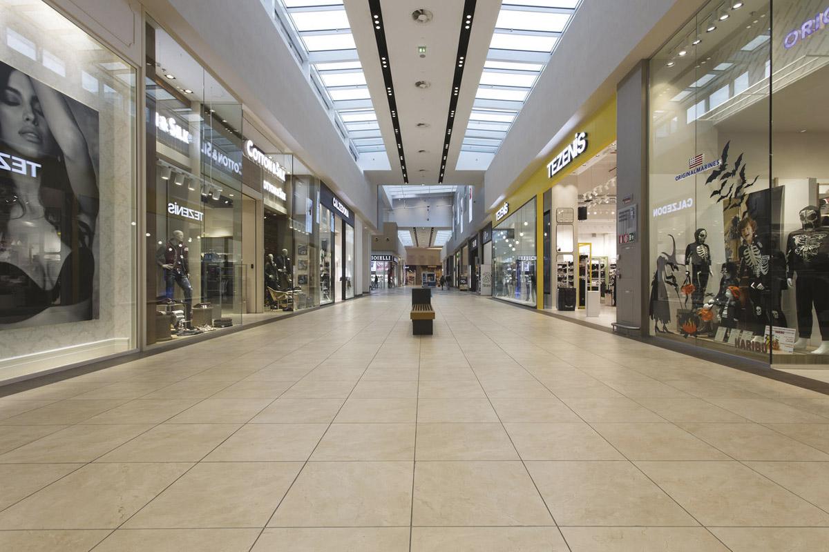 Mondo Juve Shopping Center Italy Fiandre