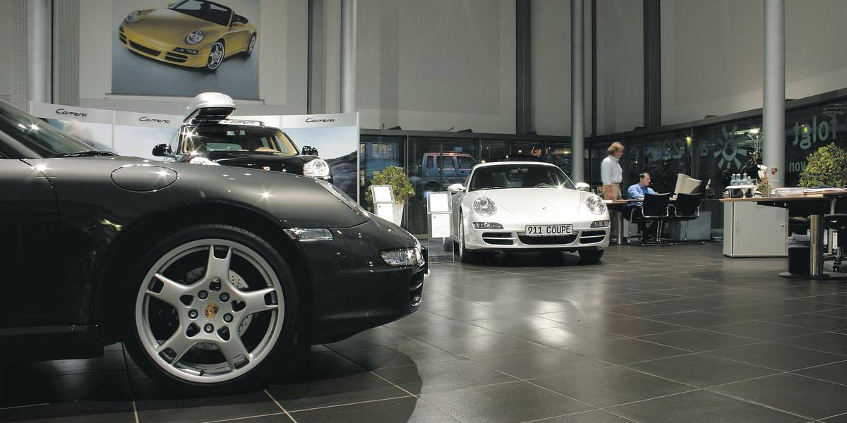 Porsche Car Dealer - BAYREUTH