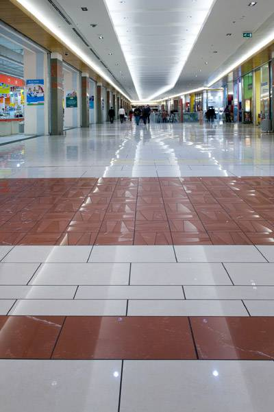 porta  roma shopping center italy fiandre